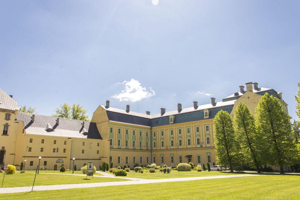 Klasztor sióstr benedyktynek