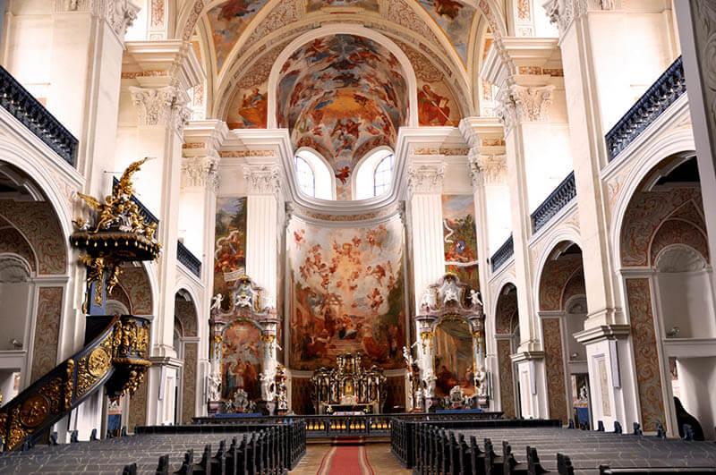 Kościół św. Józefa - wnętrze