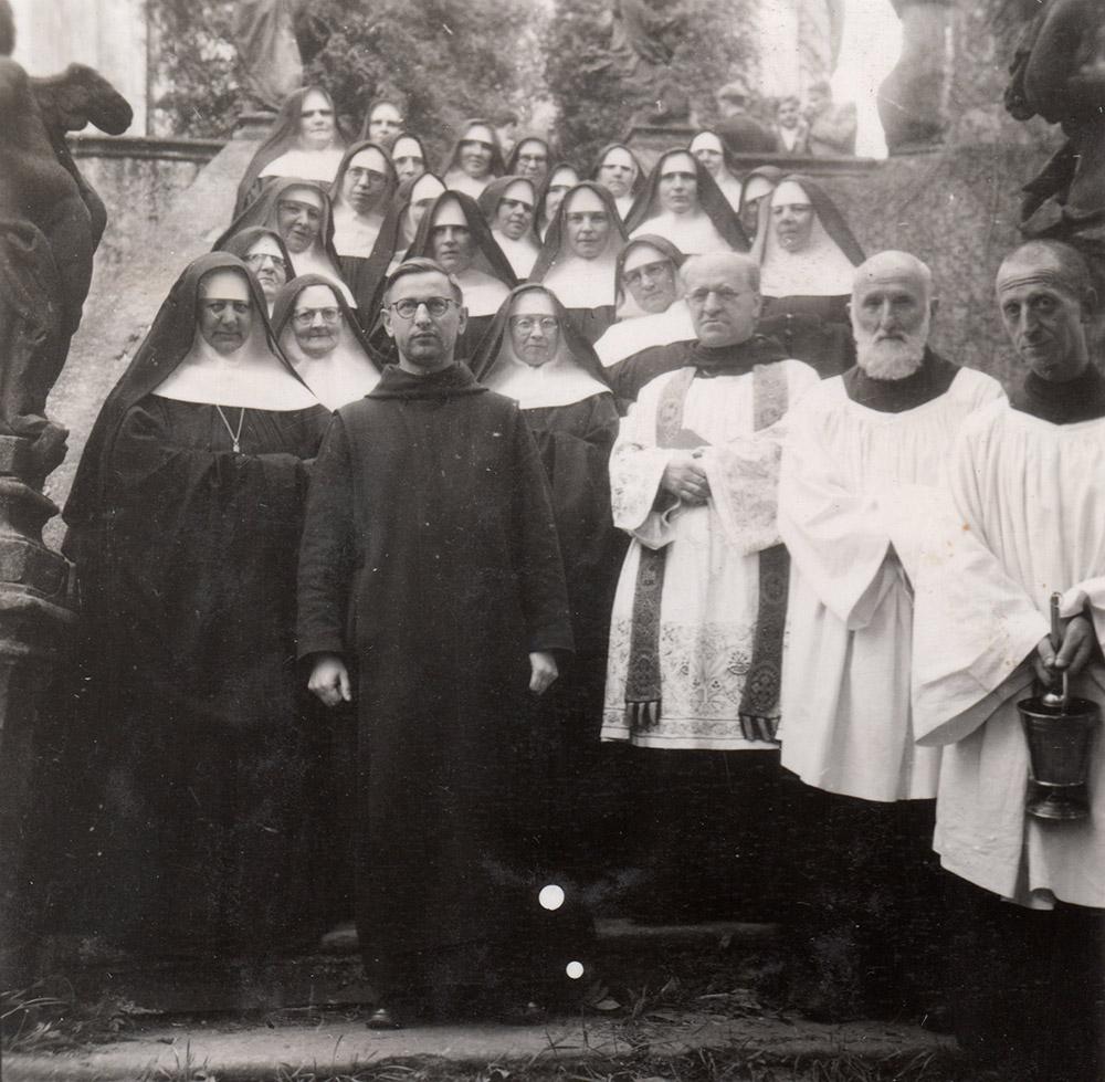 Siostry z Benedyktynami 1947 r.